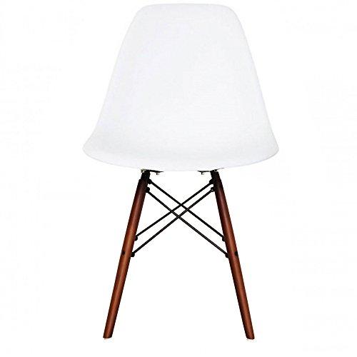 Retro-Stuhl, Kunststoff mit Holzbeinen, skandinavischer Stil, Beine aus Walnussholz, weiß, H: 82cm W: 46cm D: 50cm. Seat Height: 44cm